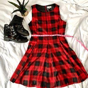 Dresses & Skirts - Red plaid sleeveless pleated dress large